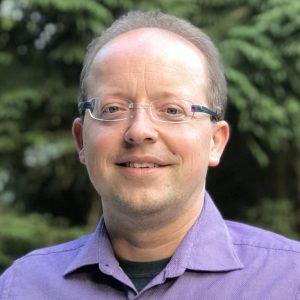 Dr. Sebastian Wyszomirski